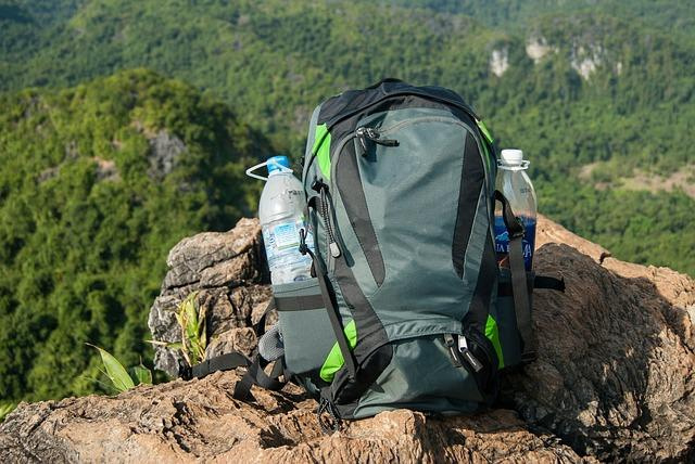 Best Womens Daypack [2021 Updated]: TOP 10 Best Hiking Daypack