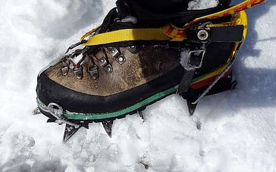 10 Best Winter Hiking Boots [2021 Updated]: TOP Warm Snow Boots